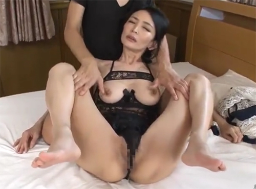 これがヘアーヌドード芸能人の熟女の色気欲求不満なアラフォー美人妻SEX動画