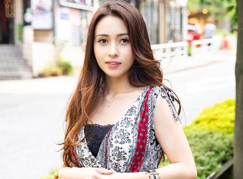 お色気ムンムンの豊満ボディ主婦の激しい腰振りpornonab日本 無料動画